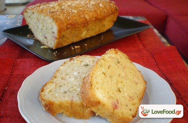 Κέικ αλμυρό (με ότι έχει το ψυγείο)