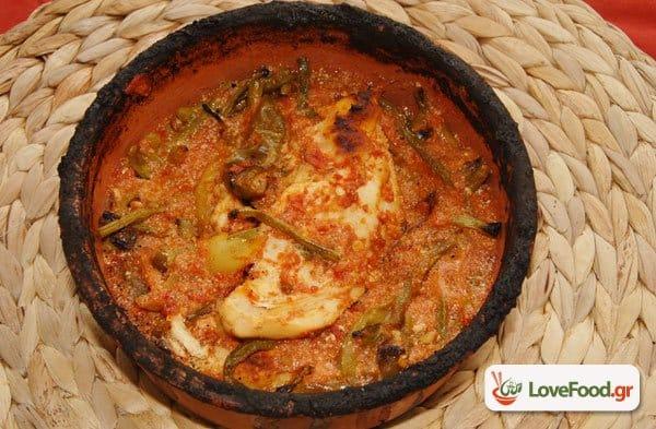 Κοτόπουλο με αμπελοφάσουλα & γιαούρτι στον φούρνο