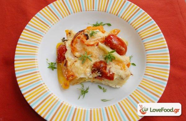 Πατάτες & λαχανικά με γιαούρτι ογκρατεν, βάλτο στο φούρνο σύντροφε!