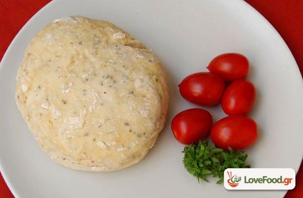 Ζύμη για πίτσα λεπτή χωρίς μαγιά ή baking powder