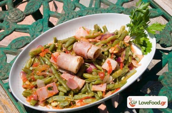 Σαλάτα με φασολάκια & μπέικον
