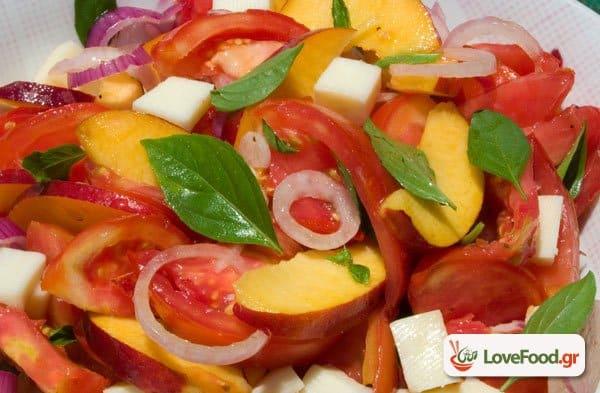 Σαλάτα με νεκταρίνια, ντομάτα & μοτσαρέλα, σαλατονέκταρ.